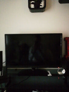 32 inch Fluid tv perfect condition