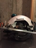 Cordless makita circular saw