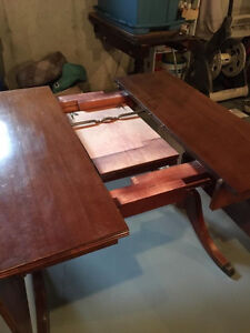 Duncan Phyfe drop leaf table with 4 chairs London Ontario image 4