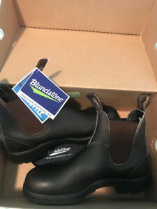 Brand New Blundstones- Stout Brown Size 5