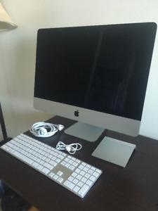 """21.5"""" iMac Late 2013 for sale $800 OBO"""