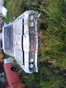 Last chance 1967 Meteor rideau parts or fix