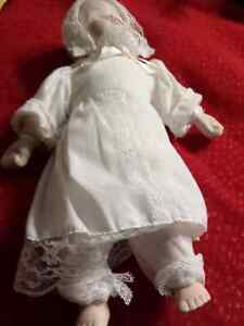 DECORATIVE DOLL  Cambridge Kitchener Area image 3