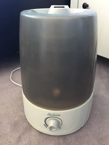 EXCELLENT condition Sunbeam Ultrasonic Humidifier ONLY $20