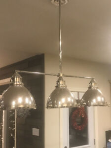 Beautiful 3-light kitchen island pendant