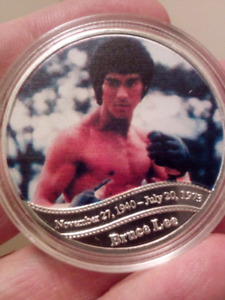Large 40mm Bruce Lee Kung Fu Superstar Silver Plated Coin.