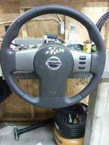 Nissan Steering wheel with Airbag and Column