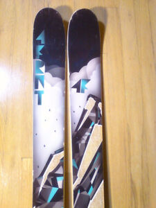 4 Front MSP Signature Series All Mountain Twin Tip Skis