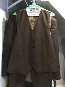 $50 total for 6 new/used once/twice suits. Sizes 40/34 & 42/36 Oakville / Halton Region Toronto (GTA) image 4