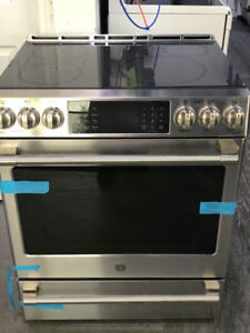 NEW GE Induction top slide-in - Range - $2400