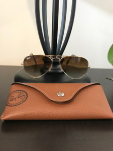 Ray Ban Aviator Gradient Sunglasses - Excellent Condition