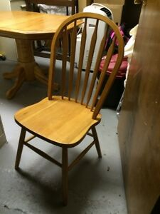 Solid Oak Dining Table & Chairs Cambridge Kitchener Area image 5
