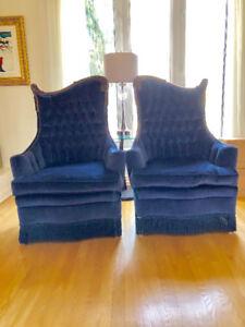 Deux belles chaises antiques, très anciennes! Fabrication Italie