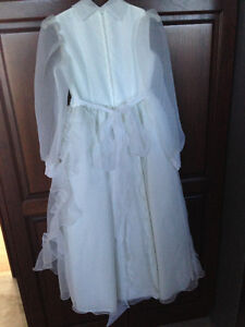 First Communion or Flower Girl Dress w/Floral Crown - Like New! London Ontario image 4
