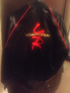 Cast Jacket The Young And The Restless.. Hollywood Collectible