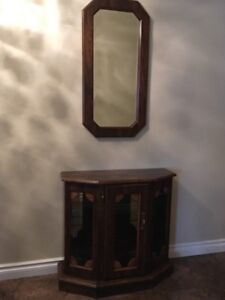 Entrance table with matching mirror
