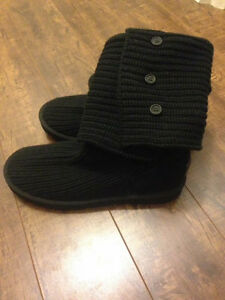 NEVER WORN UGG BOOTS