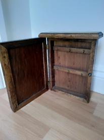 Wooden key / small item mounted storage box
