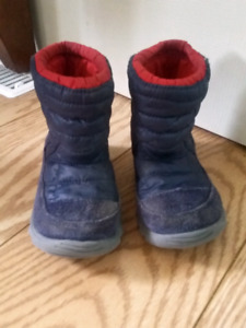 Northface winter boots size 7t