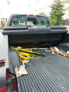TOOL BOX FOR PICK UP TRUCK