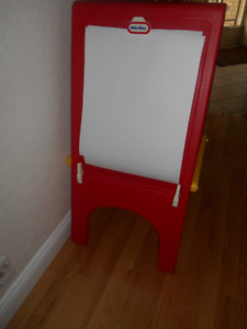 Little Tykes drawing board easel