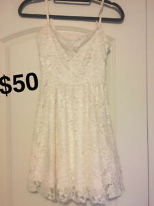 Aritzia Talula Lace Dress Size 0