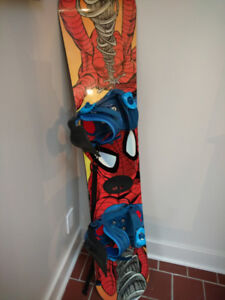Youth Snowboard in Excellent Condition 138cm