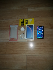 Iphone XR Bundle Unlocked 64GB Blue I Phone Ten X R