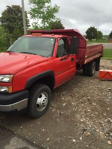 2006 Chevy 3500 with dump 2wd low miles