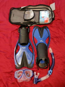 Snorkeling gear (Good condition)