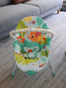 "Chaise vibrante ""bright starts"" baby bouncer"