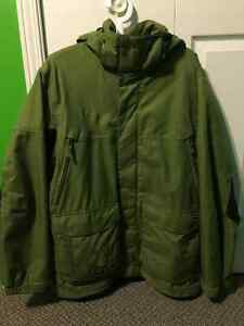 North Face Thermoball Winter Jacket Medium Like New Belleville Belleville Area image 3