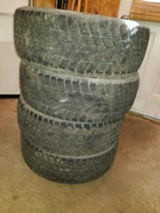 """4 pneus dhiver 16"""""""