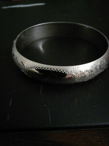 925 Solid Sterling Silver Hinged Bangle