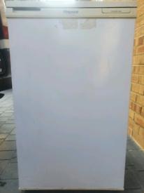 Undercounter fridge small freezer