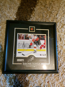 Jarome iginla framed photo and pin