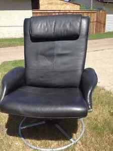 Design Leather Office chair for sale! 40$