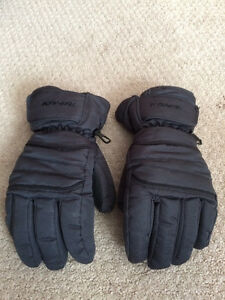 Kombi Youth weather gloves (black) Excellent condition!