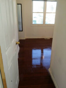 room for rent with util and WIFI near McMaster