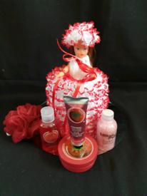 Lace doll pamper set