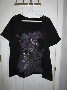 Ladies plus size black pattern short sleeve from Penningtons 1X