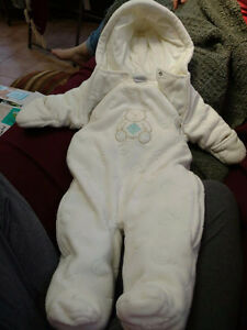 Assorted Baby and Toddler Items Windsor Region Ontario image 7