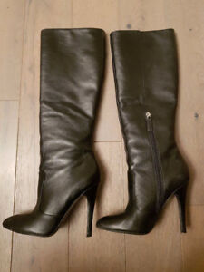 NINE WEST LEATHER BOOTS!  LIKE NEW!