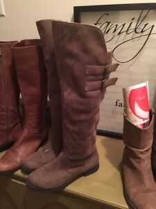 Ladies size 8 leather boots. Your choice $20 Windsor Region Ontario image 2