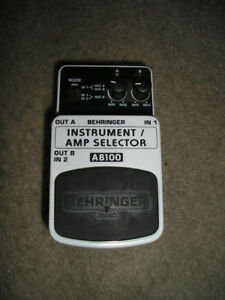 EFFECTS PEDAL - Behringer AB 100