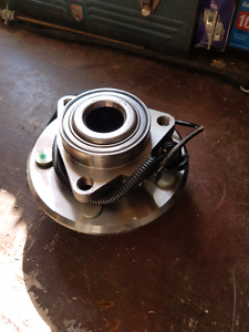 06-08 RAM 1500 wheel bearing w/ sensor