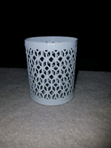 White metal candle holders, 8