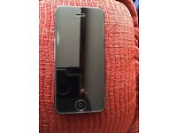 iPhone 5 16gb locked to EE, including charger , good condition