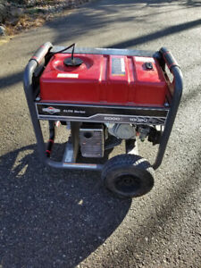 8000 Watt Briggs and Stratton Elite series portable generator