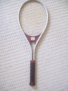 Head Edge 4-1/4 Tennis Racquet